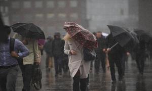 Tại sao trời thường trở lạnh sau khi mưa?