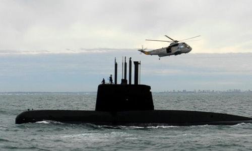 Tàu ngầm ARA San Juan tham gia một chiến dịch trên biển hồi năm 2013. Ảnh: AP.