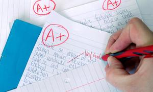 Trường học Anh cấm giáo viên chấm điểm