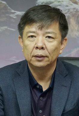 chu-tich-quang-binh-khong-xay-cap-treo-o-hang-son-doong