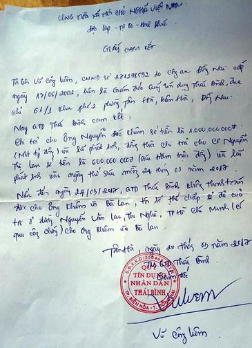 giấy cam đoan ông Liêm viết để trấn an người gửi. Ảnh: Phước Tuấn