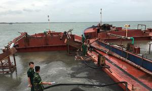 17 người bị tạm giữ khi hút cát trái phép trên biển Cần Giờ