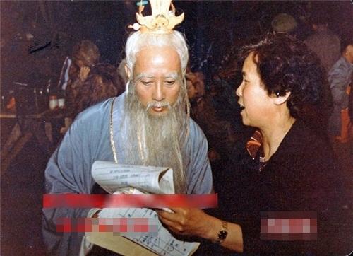hau-truong-hai-huoc-cua-phim-tay-du-ky-1986-phan-2-2