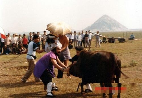 hau-truong-hai-huoc-cua-phim-tay-du-ky-1986-phan-2-4