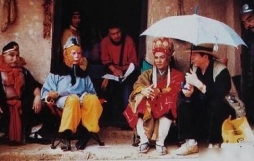 hau-truong-hai-huoc-cua-phim-tay-du-ky-1986-phan-1-2