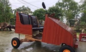 Nam sinh lớp 9 chế ôtô khung gỗ chạy bằng điện