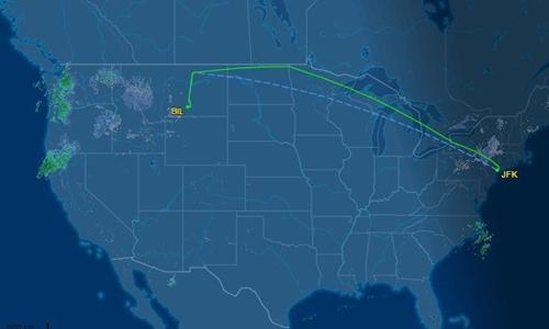 Phi cơ hãng hàng không Delta phải đổi lộ trình, hạ cánh xuống Billings, Montana, do nhà vệ sinh trên khoang gặp sự cố.