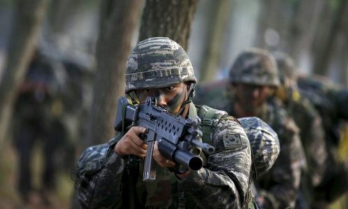Lính đặc nhiệm Hàn Quốc trong quá trình huấn luyện. Ảnh: RT.