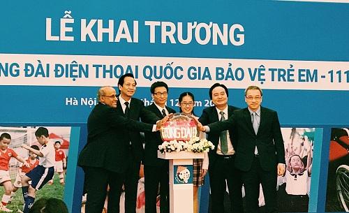 bo-lao-dong-khai-truong-tong-dai-quoc-gia-bao-ve-tre-em