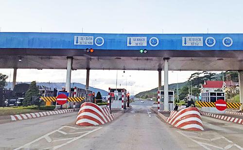 Trạm thu phí Định An trên tuyến cao tốc Liên Khương - Đà Lạt. Ảnh: Khánh Hương