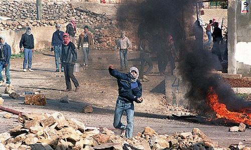 cuoc-noi-day-dau-tien-cua-nguoi-palestine-chong-israel-30-nam-truoc
