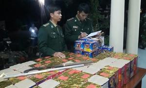 180 kg pháo bị bắt trên đường từ Lào vào Việt Nam