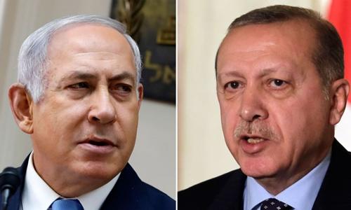 Thủ tướng Israel Benjamin Netanyahu (trái) và Tổng thống Thổ Nhĩ Kỳ Tayyip Erdogan. Ảnh: Sky News.