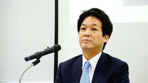 Ông Kentaro Sonoura, cố vấn đặc biệt của Thủ tướng Nhật Shinzo Abe, sáng nay phát biểu tại Hà Nội. Ảnh: Trọng Giáp