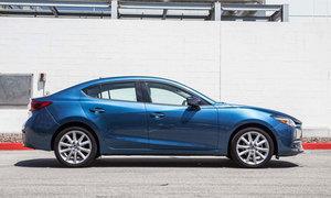Mua xe lần đầu chọn Altis 1.8G hay Mazda3 2.0?