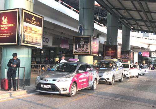 bo-giao-thong-yeu-cau-dieu-chinh-nien-han-taxi-hoat-dong-o-noi-bai