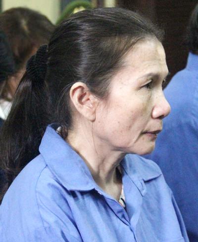 nu-giam-doc-ngan-hang-tham-o-2600-luong-vang-xin-hien-xac
