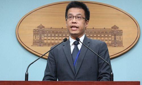 Ông Alex Huang, người phát ngôn của lãnh đạo Đài Loan. Ảnh: Focus Taiwan.