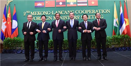 5-nuoc-asean-va-trung-quoc-hop-ban-phat-trien-hop-tac-mekong-lan-thuong