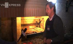 Đại sứ Argentina giới thiệu cách làm món thịt nướng xứ Tango
