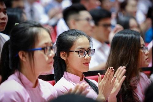 Tăng lương gấp đôi để thu hút sinh viên xuất sắc, nhà khoa học trẻ