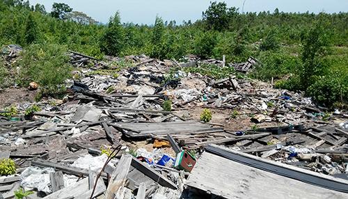 Formosa bị phạt gần 600 triệu đồng vì chôn trái phép chất thải