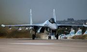 Cuộc đọ sức ngầm giữa Su-35 và F-22 trên bầu trời Syria