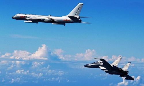 Không quân Trung Quốc diễn tập tầm xa, Nhật, Hàn điều phi cơ giám sát