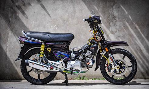 10-mau-xe-may-do-an-tuong-nhat-2017-tai-viet-nam-6