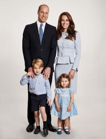 Hình ảnh của gia đình Hoàng tử William. Ảnh: Twitter.