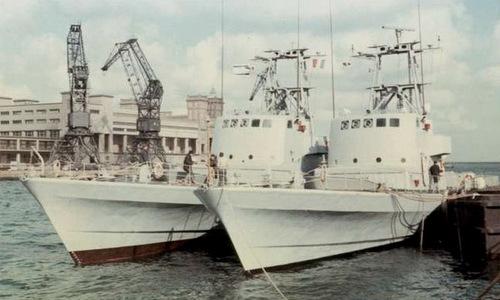 phi-vu-danh-cap-5-tau-ten-lua-phap-cua-israel-nam-1969