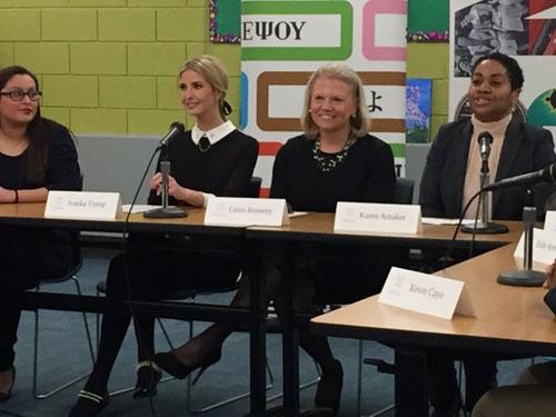 Phản đối Ivanka Trump thăm trường, phụ huynh cho con về sớm