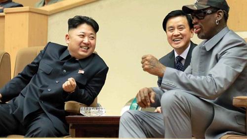Kim Jong-un và Dennis Rodman trong ngày sinh nhật của lãnh đạo Triều Tiên năm 2014. Ảnh: KCNA