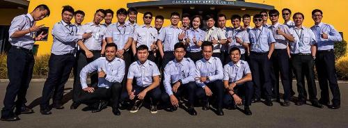 Cơ hội trở thành phi công cho các bạn trẻ