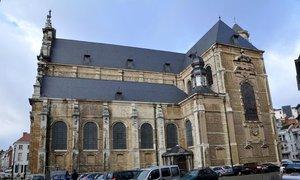 Say mê những nhà thờ ở Brussels