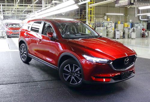 Xe xuất xưởng từ nhà máy ô tô Trường Hải đã được trang bị sẵn phim cách nhiệt LLumar cao cấp