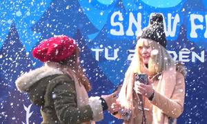 Tuyết nhân tạo rơi ở Sapa