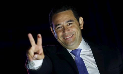 Tổng thống Guatemala Jimmy Morales xuất thân là một diễn viên hài. Ảnh: AFP.