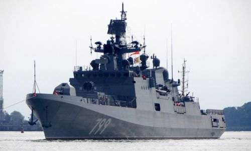 Đô đốc Makarov trước khi ra biển thử nghiệm. Ảnh:Livejournal.