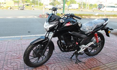 Honda CBF125R tại một showroom ở Quận Thủ Đức, TP HCM,chưa có giá bán cụ thể.