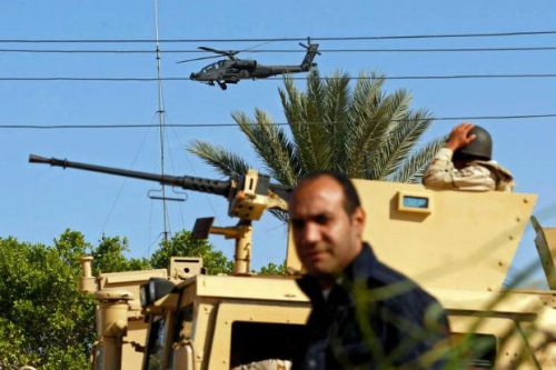 Military forces and helicopters secure an area in North Sinai, Egypt, Dec 1, 2017. (Reuters file photo)