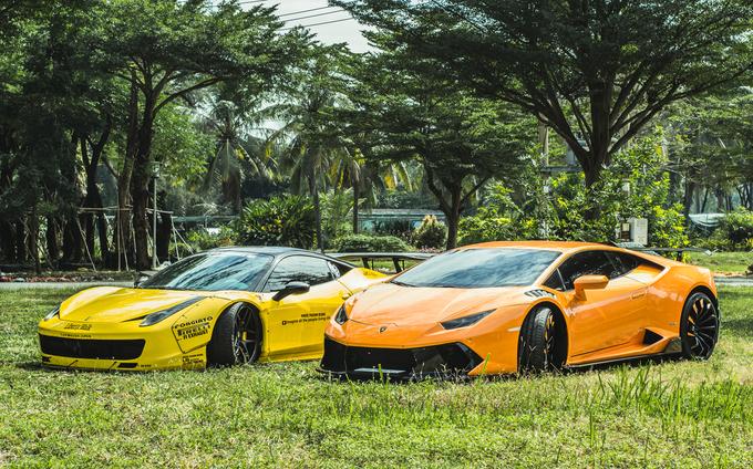 Ferrari 458 độc nhất Việt Nam sánh đôi Lamborghini Huracan độ