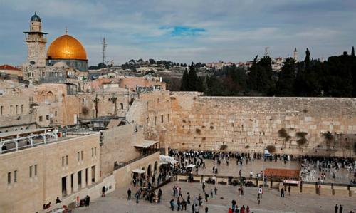 Bức tường Than khóc tại Jerusalem. Ảnh: AFP.