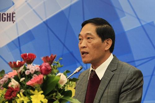 Thứ trưởng Trần Văn Tùng khẳng định vai trò của thanh niên trong việc phát triển khoa học công nghệ. Ảnh: Dương Tâm