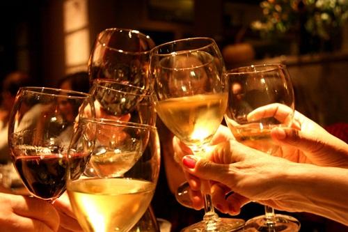 Uống vừa đủ để không gây hại cho sức khỏe và ảnh hưởng đến cộng đồng.