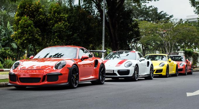 Bộ tứ Porsche 911 tụ hội ở Sài Gòn