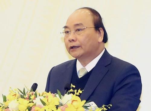 Thủ tướng Nguyễn Xuân Phúc yêu cầu đẩy mạnh cải cách môi trường kinh doanh. Ảnh: VGP/Quang Hiếu