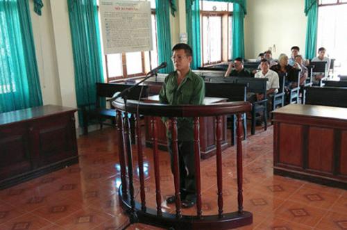 Ông Nin tại phiên sơ thẩm mở vào tháng 9. Ảnh: Đ.H