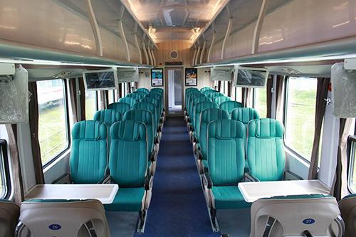 Thiết kế bên trong các toa tàu mới. Ảnh:Sai Gon Railways