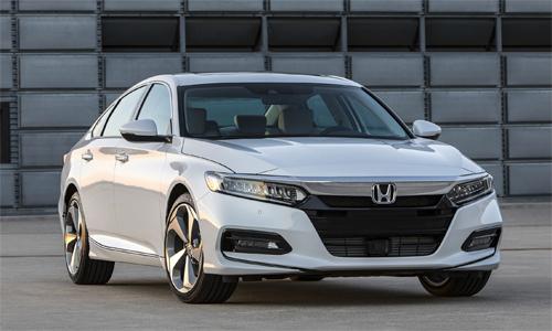 Honda Accord 2018 giá từ 24.000 USD.